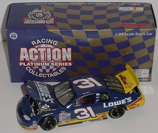 1998 Mike Skinner NASCAR Diecast 31 Lowes CWC 1:24 Action ARC 1b
