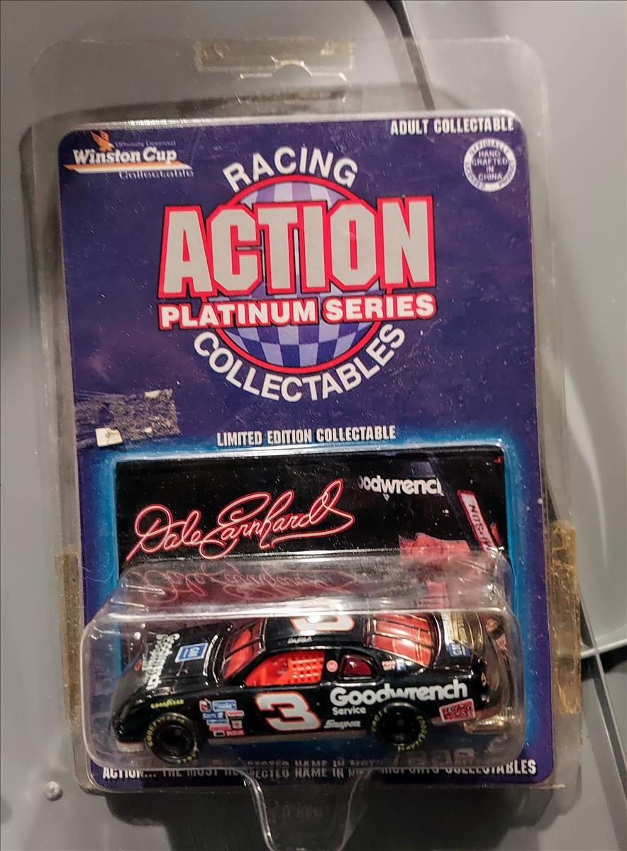 1996 Dale Earnhardt Sr NASCAR Diecast 3 GMGW GM Goodwrench CWC 1:64 Action ARC 1