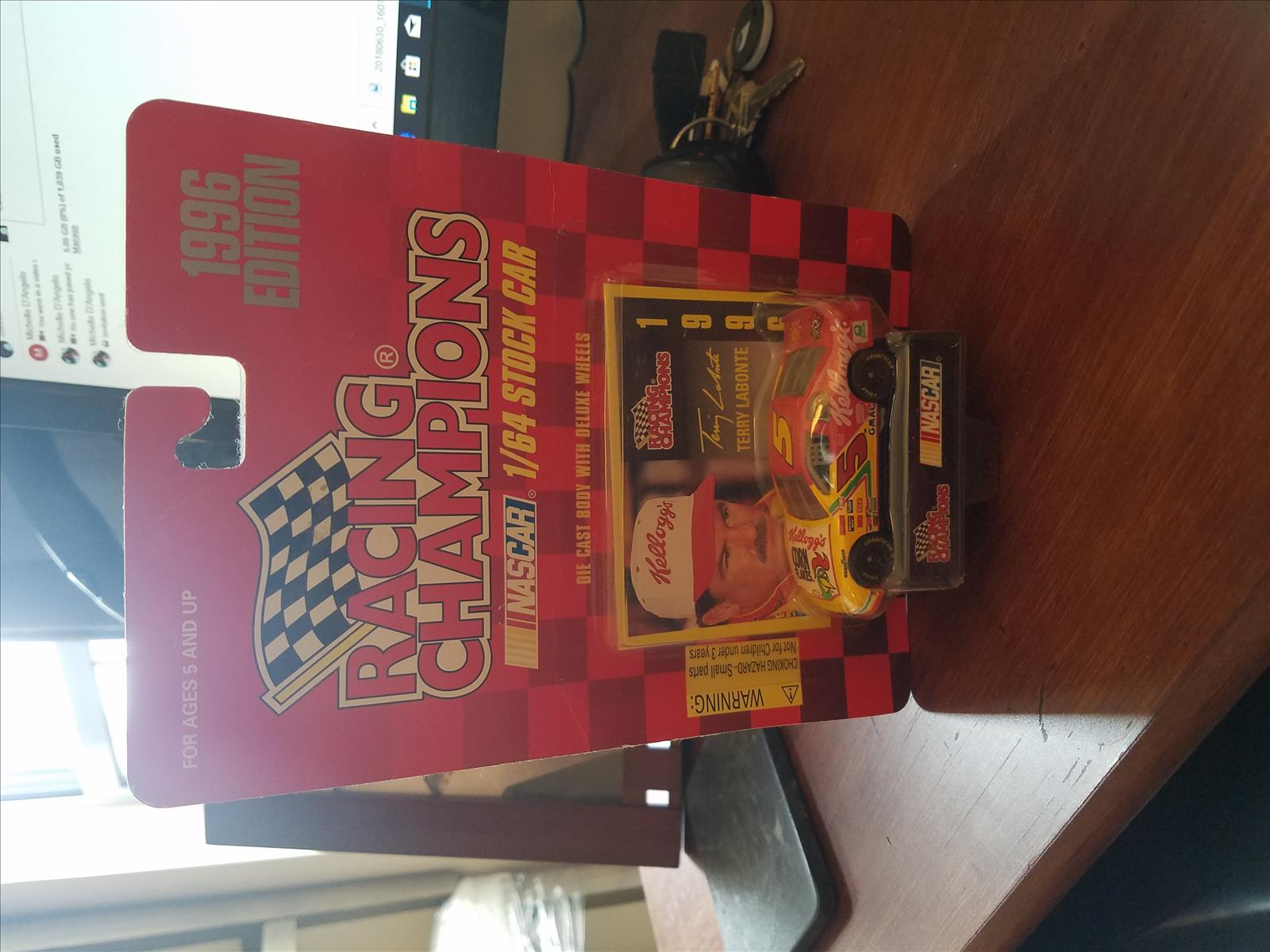 1996 Terry Labonte NASCAR Diecast 5 Kelloggs Corn Flakes CWC 1:64 Racing Champions 1996 Edition 1