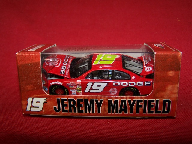 2003 Jeremy Mayfield NASCAR Diecast 19 Dodge Dealers CWC 1:64 Action RCCA Club Car 99