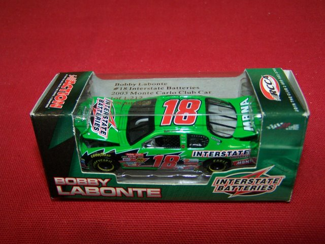 2003 Bobby Labonte NASCAR Diecast 18 Interstate Batteries CWC 1:64 Action RCCA Club Car 1