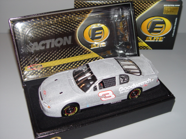 2001 Dale Earnhardt Sr NASCAR Diecast 3 GMGW GM Goodwrench CWC 1:24 Action RCCA Elite Test Car 1