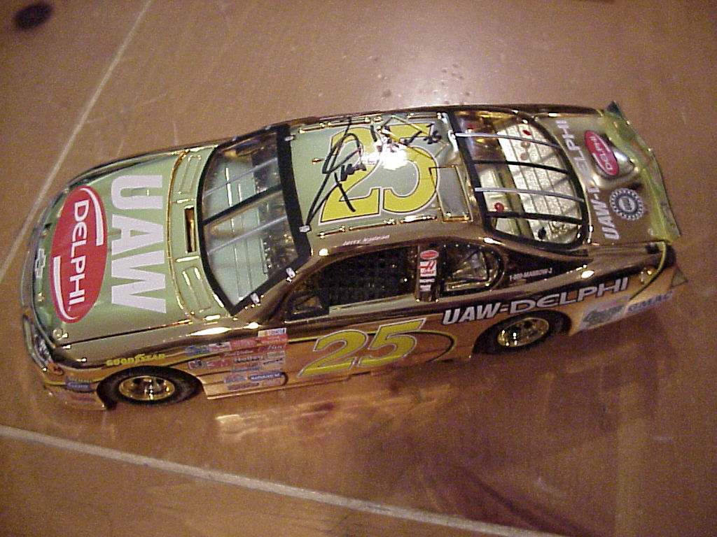 2001 Jerry Nadeau NASCAR Diecast 25 UAW Delphi CWC 1:24 Team Caliber Owners Gold 1