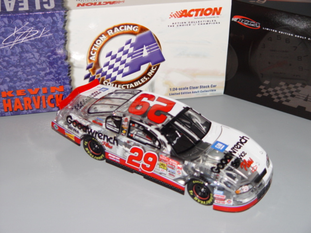 29 Kevin Harvick Diecast 2001 GMGW GM Goodwrench Rookie CWC 1:24 Action RCCA Clear Half Car 1
