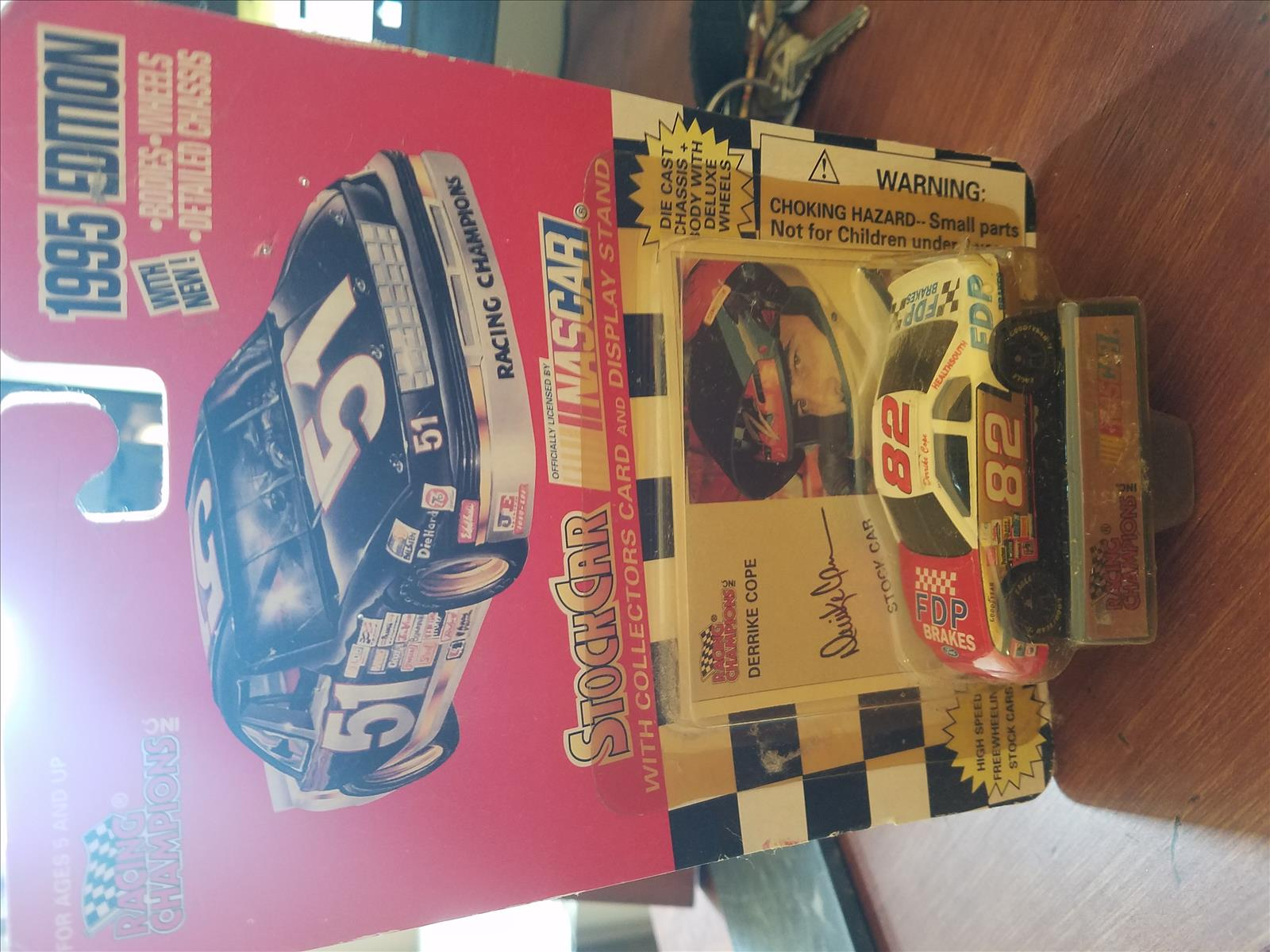 1995 Derrike Cope NASCAR Diecast 82 FDP Brakes CWC 1:64 Racing Champions 1995 Edition 1