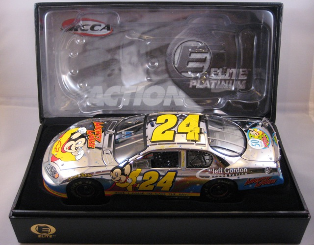 2005 Jeff Gordon NASCAR Diecast 24 Foundation Mighty Mouse CWC 1:24 Action RCCA Elite Platinum 1