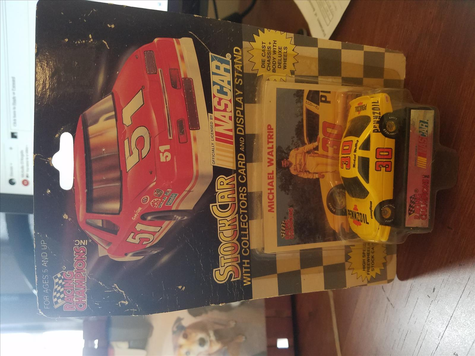 Mike 30 Pennzoil 1992 CWC 1:64 RC   NASCAR No STP Yellow Tires 1992 Pkg