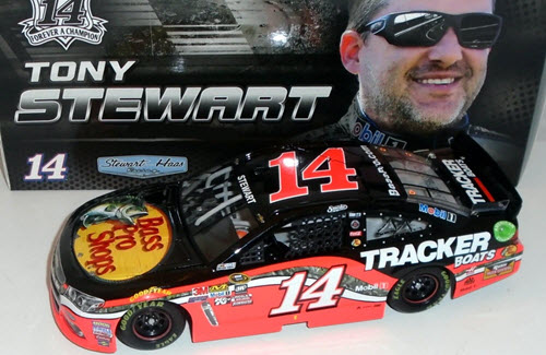 Tony Stewart #14 2016 Mobile One 1:64  Lionel Diecast Action NASCAR Racing