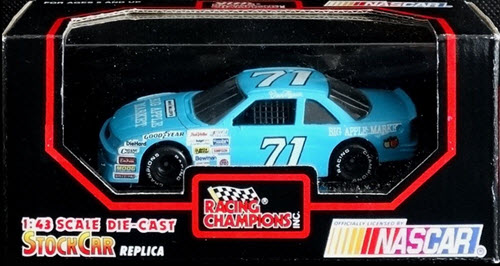1991 Dave Marcis NASCAR Diecast 71 Big Apple Market CWC 1:43 Racing Champions 1
