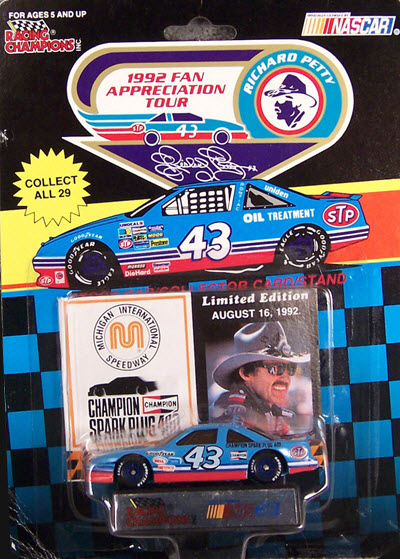 1992 Richard Petty NASCAR Diecast 43 Fan Appreciation Tour CWC 1:64 Racing Champions Michigan August 16 1