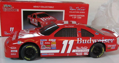 1993 Bill Elliott NASCAR Diecast 11 Bud Budweiser BWB Bank 1:24 Racing Champions Collectors Series 1