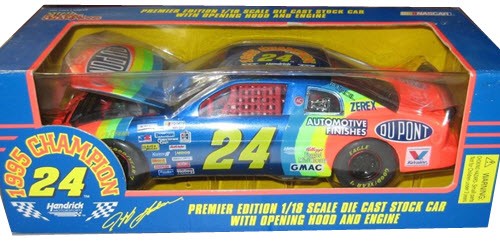 1995 Jeff Gordon NASCAR Diecast 24 Dupont 1995 Champ Champion CWC 1:18 Racing Champions 1