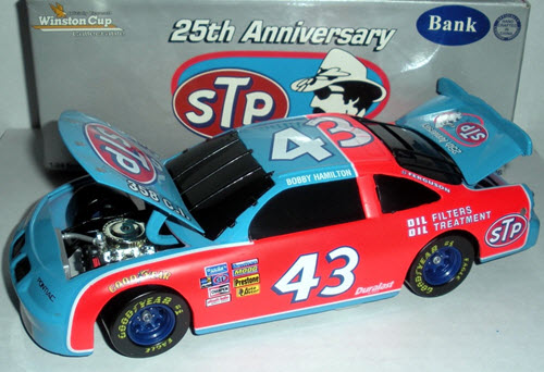 1996 Bobby Hamilton NASCAR Diecast 43 STP 25th Anniversary 1972 Blue Red BWB Bank 1:24 Action ARC 2