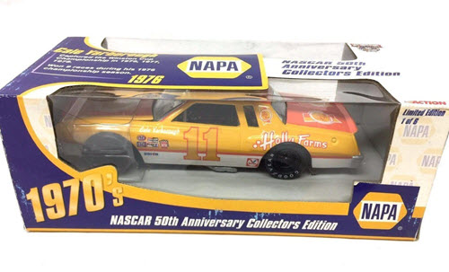 1998 Cale Yarborough NASCAR Diecast 11 Holly Farms CWC 1:24 Action ARC NAPA Promo 1