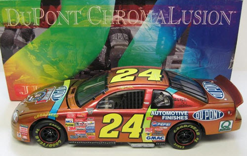 1998 Jeff Gordon NASCAR Diecast 24 DuPont Chromalusion CWC 1:24 Action ARC 1