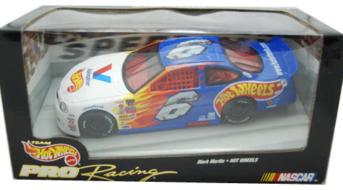 1998 Mark Martin NASCAR Diecast 6 Valvoline Hot Wheels CWC 1:24 Hot Wheels Pro Racing 1