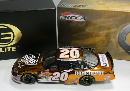 20 Tony Stewart Diecast 2003 NASCAR Home Depot CWC 1:24 Action RCCA Elite Color Chrome 1