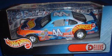 2000 Kyle Petty NASCAR Diecast 44 Hot Wheels CWC 1:24 Hot Wheels Deluxe 1