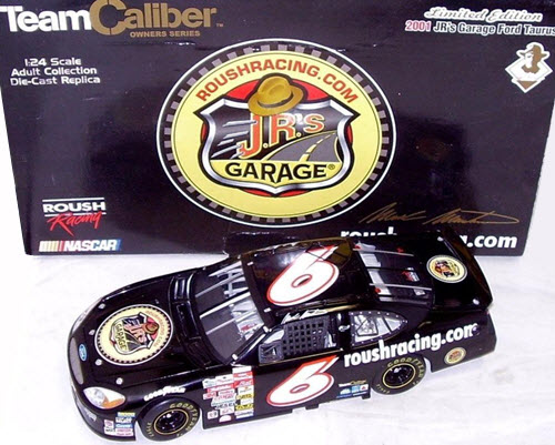 2001 Mark Martin NASCAR Diecast 6 Jrs Juniors Garage CWC 1:24 Team Caliber Owners 1