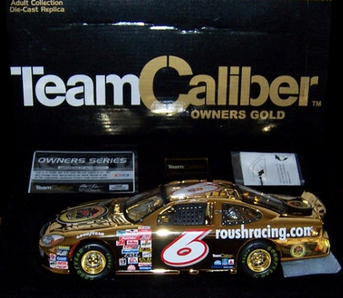 2001 Mark Martin NASCAR Diecast 6 Jrs Juniors Garage CWC 1:24 Team Caliber Owners Gold 1