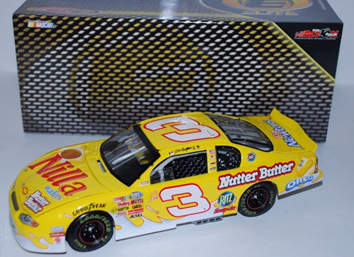 2002 Dale Earnhardt Jr NASCAR Diecast 3 Nilla Wafers Nutter Butter CWC 1:24 Action RCCA Elite 1