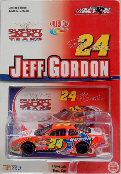 2002 Jeff Gordon NASCAR Diecast 24 DuPont 200 Years 200th Anniversary CWC 1:64 Action ARC 1