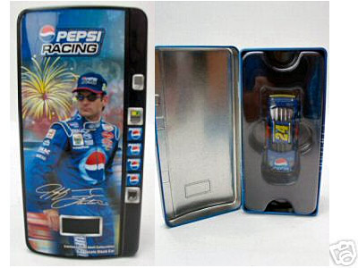 2002 Jeff Gordon NASCAR Diecast 24 Pepsi Daytona Stars Stripes CWC 1:64 Action ARC Vending Machine 1