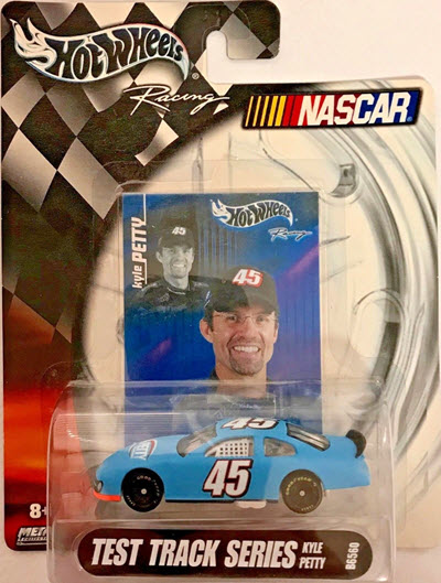 2004 Kyle Petty NASCAR Diecast 45 Petty CWC 1:64 Hot Wheels Test Track 1