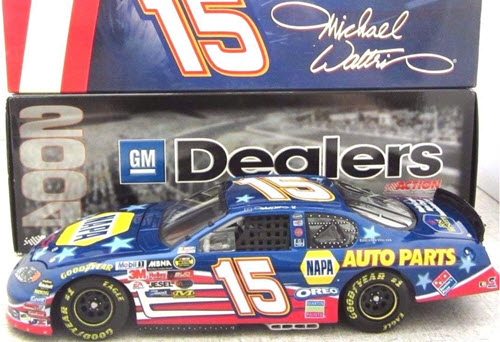 2004 Michael Waltrip NASCAR Diecast 15 NAPA Stars Stripes CWC 1:24 Action ARC GM Dealers 1
