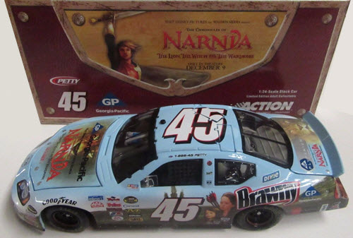 2005 Kyle Petty NASCAR Diecast 45 Narnia CWC 1:24 Action ARC 1