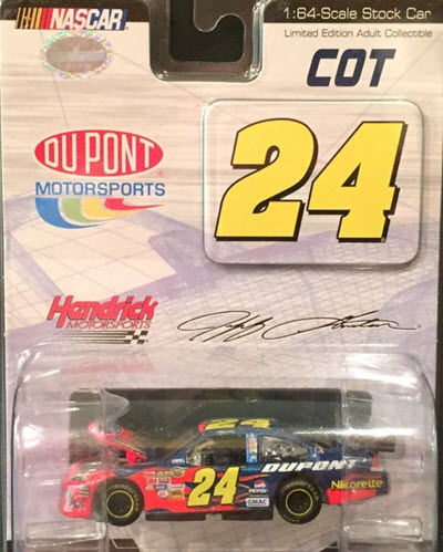 2007 Jeff Gordon NASCAR Diecast 24 DuPont COT CWC 1:64 Action ARC Drivers Select 1