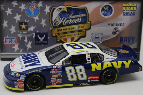 2007 Shane Huffman NASCAR Diecast 88 Navy American Heroes CWC 1:24 Action ARC 1