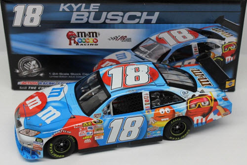 2008 Kyle Busch NASCAR Diecast 18 Summer Fun Red White Blue CWC 1:24 Action ARC 1