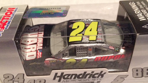 2010 Jeff Gordon NASCAR Diecast 24 National Guard CWC 1:64 Lionel Action ARC 1