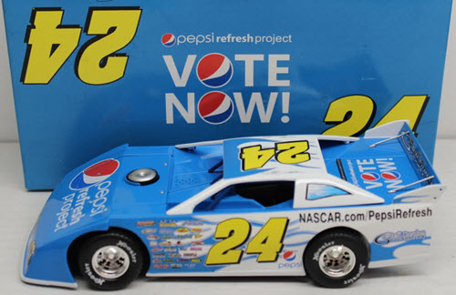 2010 Jeff Gordon NASCAR Diecast 24 Pepsi Refresh Project Dirt Car 1:24 ADC 1