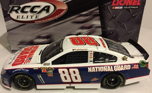 2013 Dale Earnhardt Jr NASCAR Diecast 88 National Guard CWC 1:24 Lionel Action RCCA Elite 1