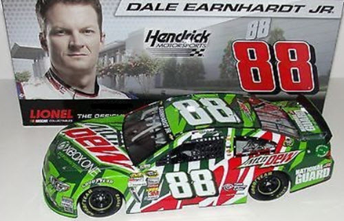 2013 Dale Earnhardt Jr NASCAR Diecast 88 XBox X Box 1 One CWC 1:24 Lionel Action ARC 1