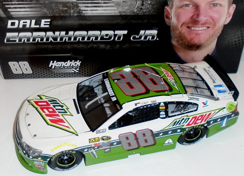 2016 Dale Earnhardt Jr NASCAR Diecast 88 Mountain Mtn Dew All Star 1:24 CWC Lionel Action ARC 1