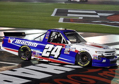 2020 Chase Elliott NASCAR Diecast 24 iRacing Charlotte Win Raced Version Truck 1:64 Lionel Action ARC Liquid Color 98