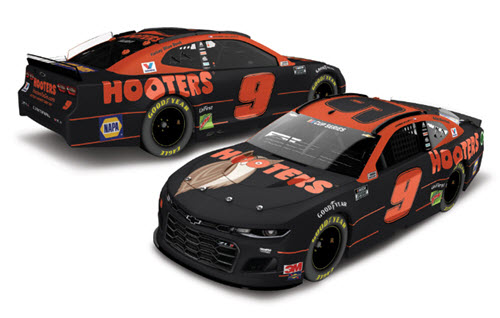 2020 Chase Elliott NASCAR Diecast 9 Hooters CWC 1:64 Lionel Action ARC 99