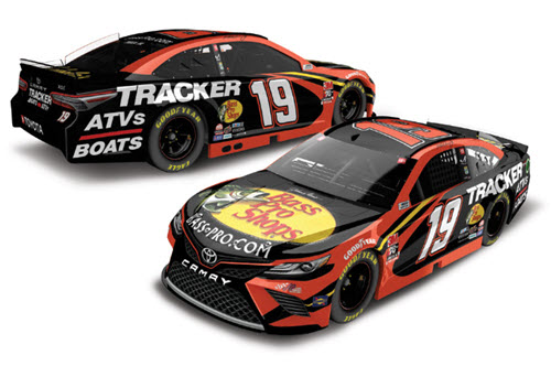 2020 Martin Truex Jr NASCAR Diecast 19 Bass Pro Tracker Boats CWC 1:24 Lionel Action ARC Color Chrome 99