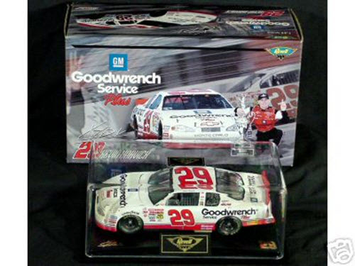 29 Kevin Harvick Diecast 2001 GMGW GM Goodwrench Rookie CWC 1:24 Revell Club Atlanta Win Raced Version 1
