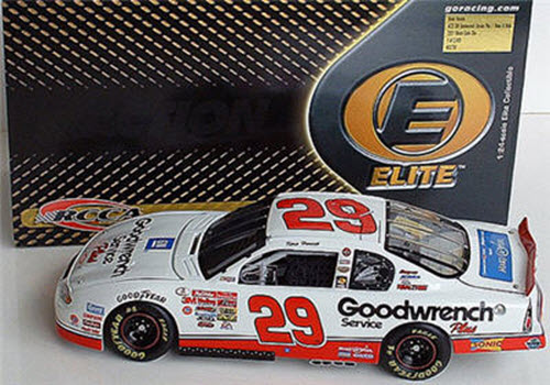 29 Kevin Harvick Diecast 2001 GMGW GM Goodwrench Rookie Make A Wish CWC 1:24 Action RCCA Elite 1