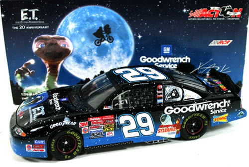 29 Kevin Harvick Diecast 2002 ET E T GMGW GM Goodwrench Blue CWC 1:24 Action ARC 1