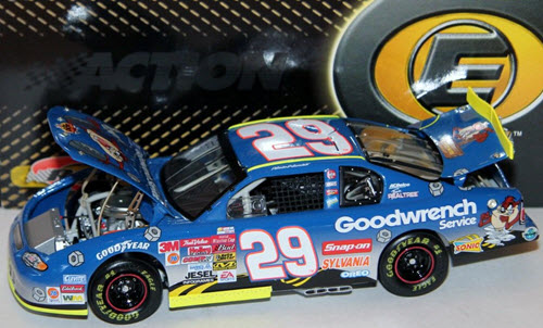 29 Kevin Harvick Diecast 2002 Looney Tunes Rematch Taz CWC 1:24 Action RCCA Elite 1