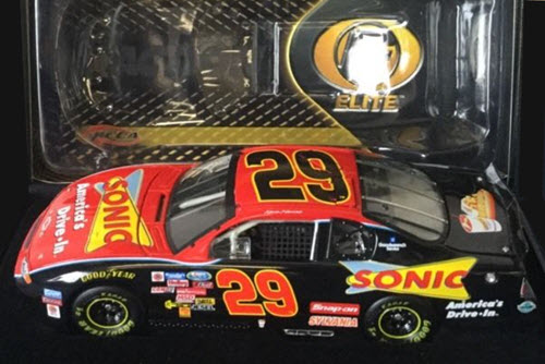 29 Kevin Harvick Diecast 2002 Sonic CWC 1:24 Action RCCA Elite 1