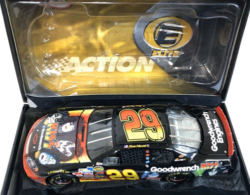 29 Kevin Harvick Diecast 2004 Kiss CWC 1:24 Action RCCA Elite 2