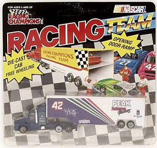 42 Peak 1992 Hauler 1:144 RC   Racing Team